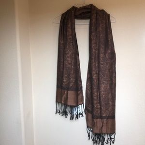 Charm's copper and black scarf